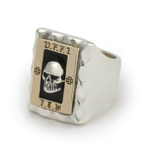 dffl-skull-ring-angled