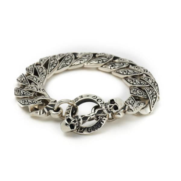 heavy-engraved-braclet-front