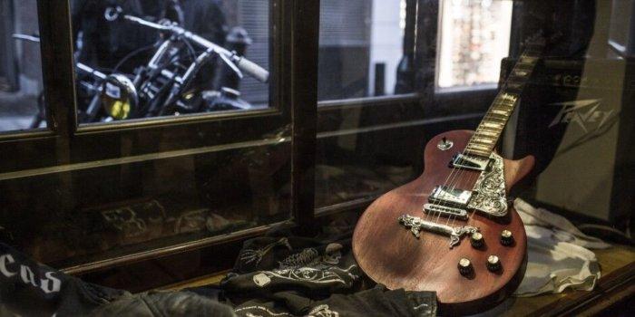 TGF Guitar Pendants