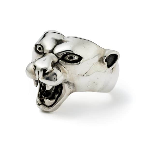 panther-ring-angled