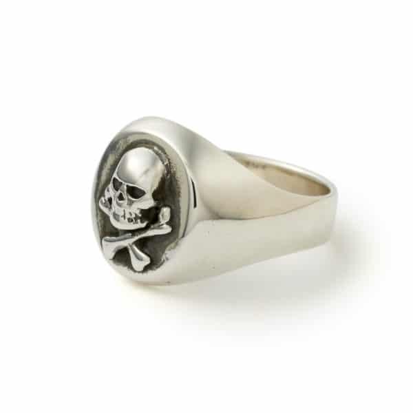 Gold Skull And Crossbones Ring