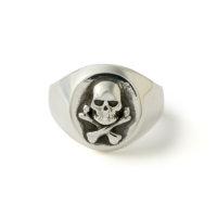 all-silver-skull-signet-ring
