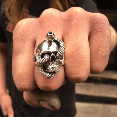 Naga Skull