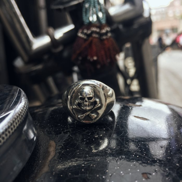NEW: All Silver Skull & Crossbones Signet Ring