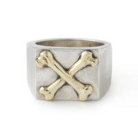 crossbones-square-signet-ring-front