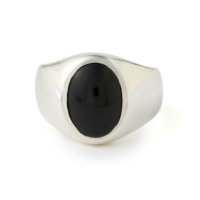 stone-signet-ring-onyx-front