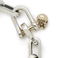 shackle-bracelet-gold-skull-close-up