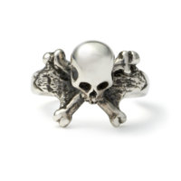 3d-skull-and-crossbones-ring-front