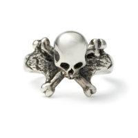 3d-skull-and-crossbones-ring-front