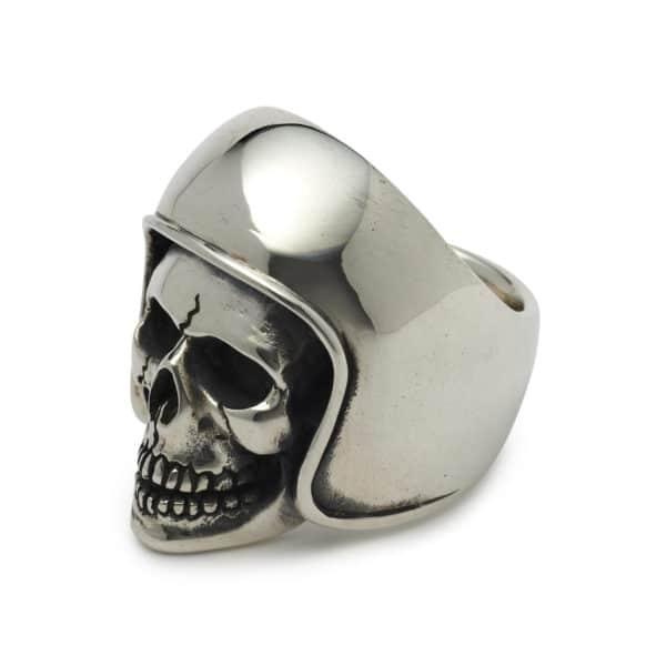 biker-skull-ring-angled