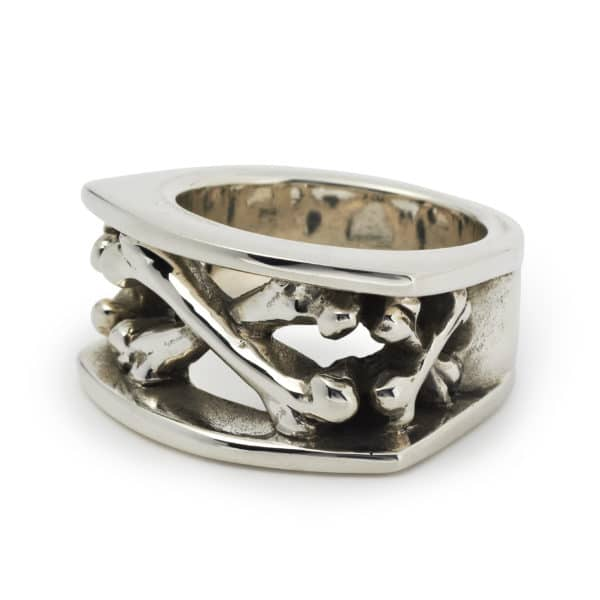 chunky-crossbones-ring-angled