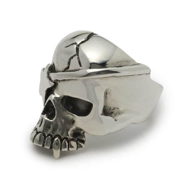 evil-bastard-skull-ring-angled