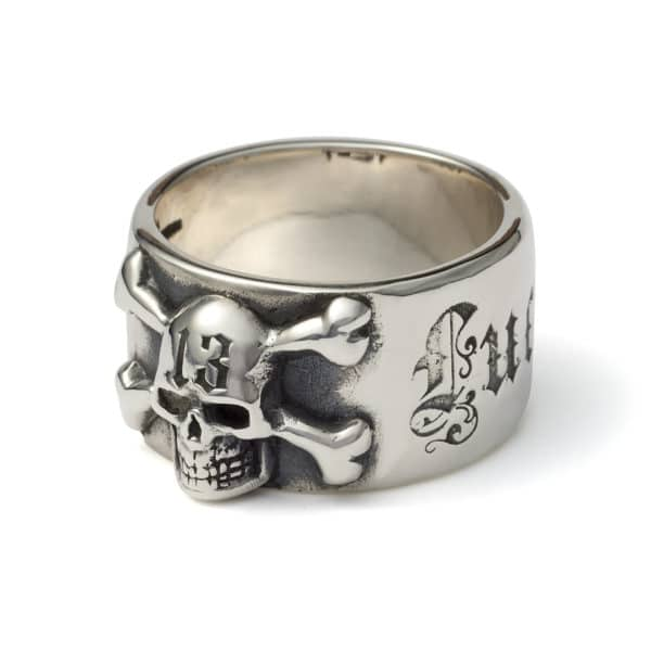 good-luck-ring-with-skull-angled