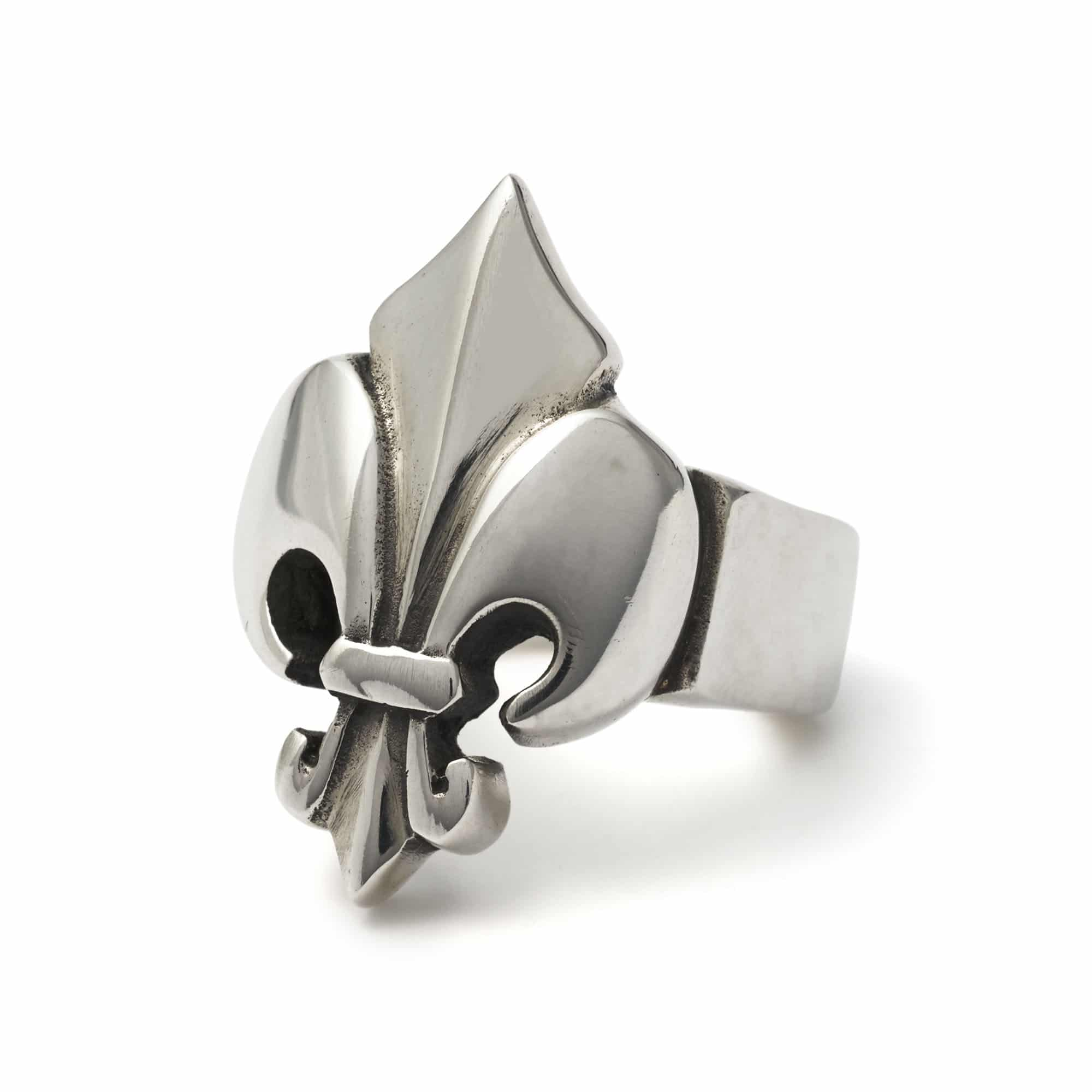 large fleur de lis ring the great frog