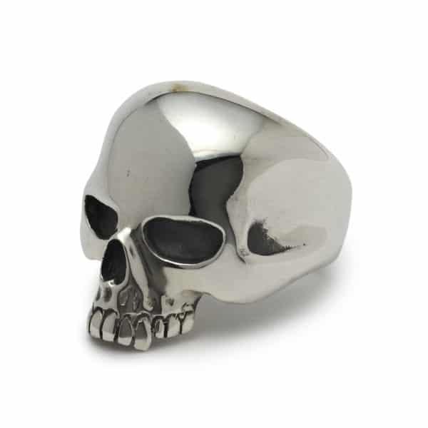 medium-evil-skull-ring-angled