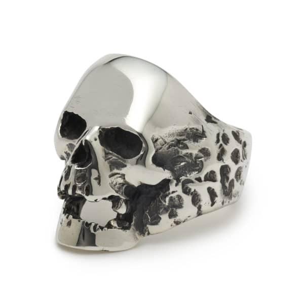 plague-skull-jaw-angled