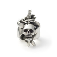 skull-and-dagger-ring-front
