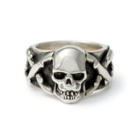 skull-and-thorns-ring-front
