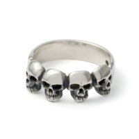 small-4-skulls-ring-front