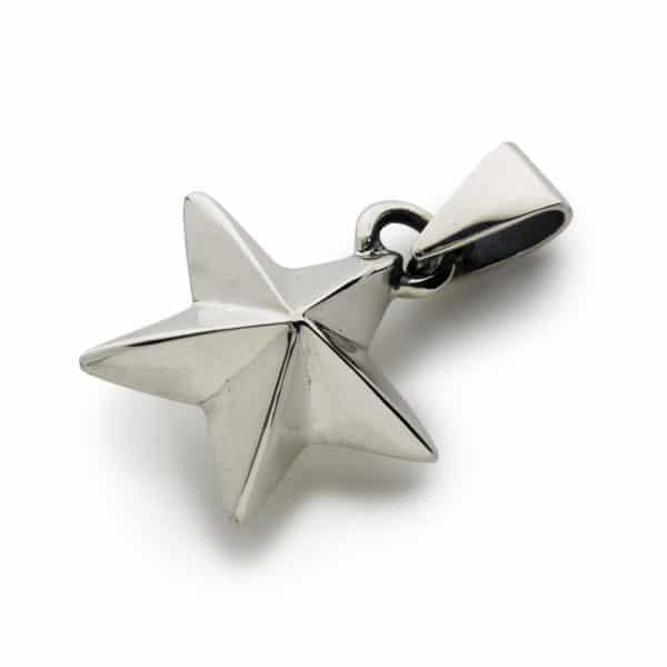 star-pendant-angled