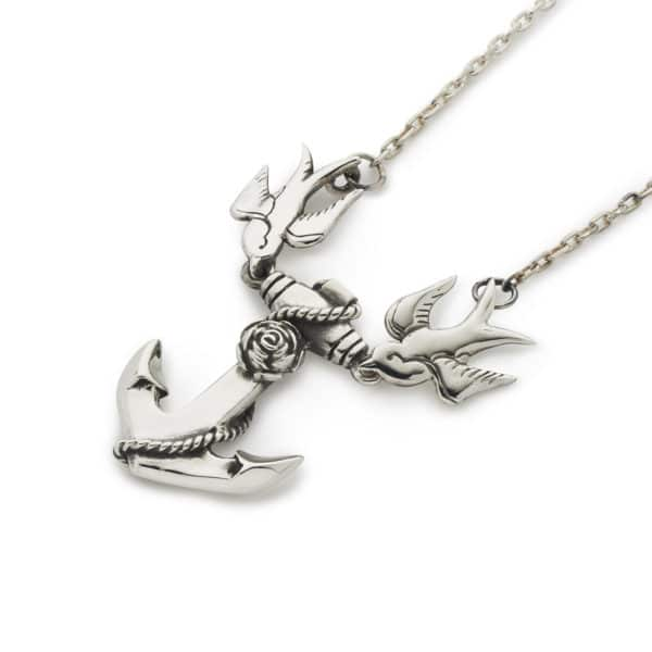 swallows-and-anchor-pendant-with-chain