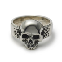 top-jaw-skull-ring-front
